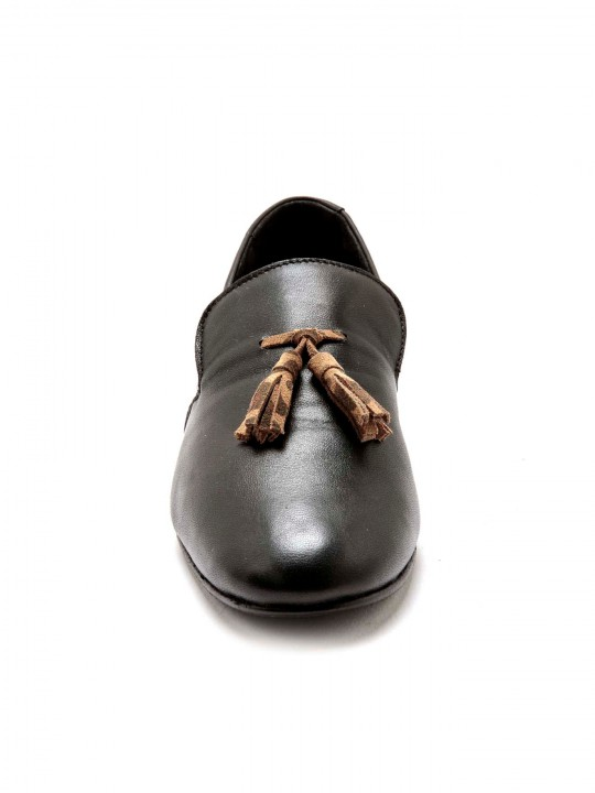 Loafers avec pompons cuir