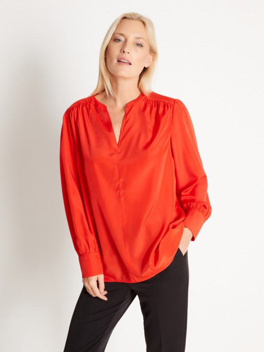 Blouse coupe ample manches longues